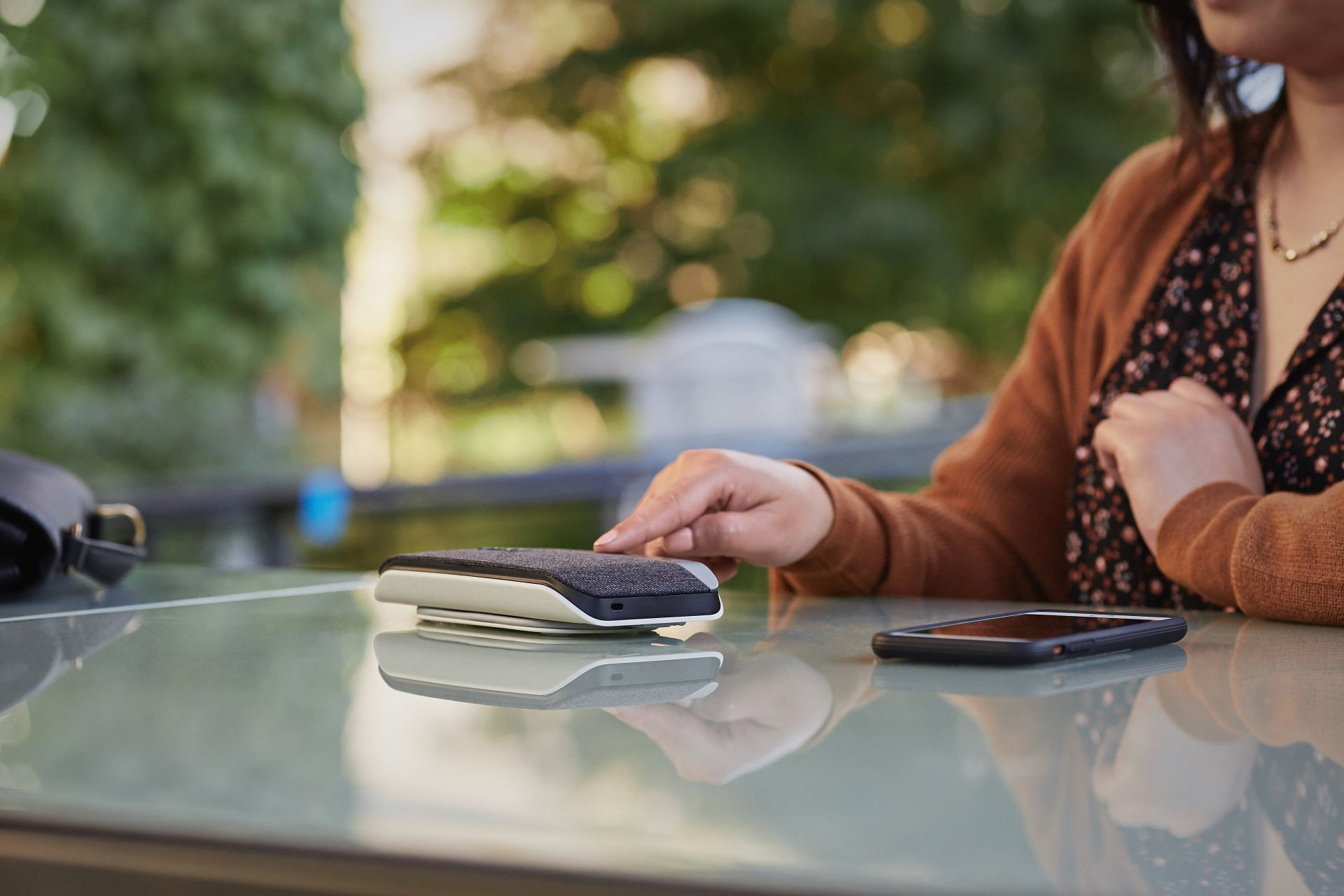 Poly introduceert speakerphones met professionele audiokwaliteit voor thuis